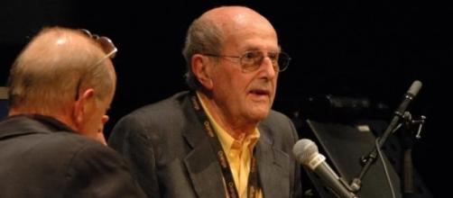 Morreu o cineasta Manoel de Oliveira.