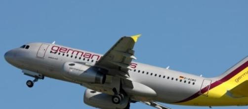 Un avión de Germanwings despegando