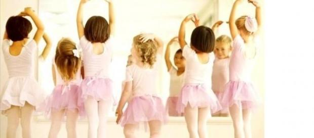 Copii trebuie sa participe la activitati.