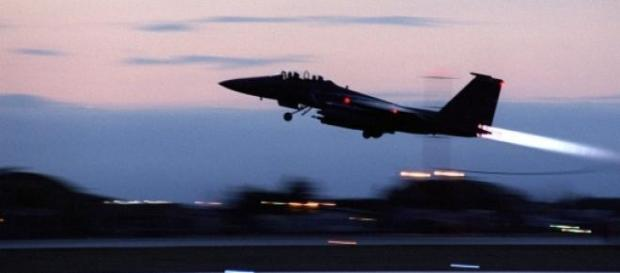 F-15 similar aos utilizados pela Arábia Saudita.
