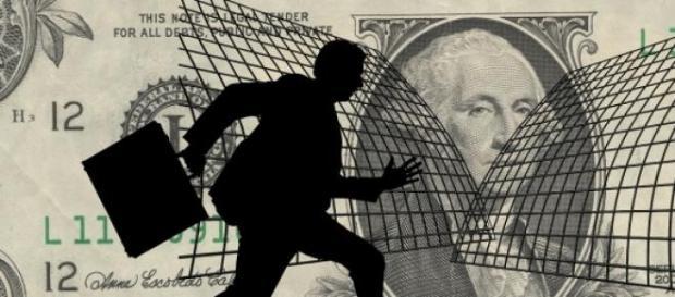 Receita investiga operações financeiras ilícitas