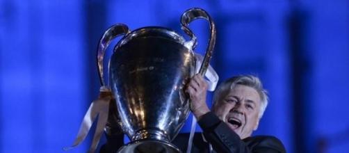 Carlo Ancelotti alza la dècima del Real Madrid