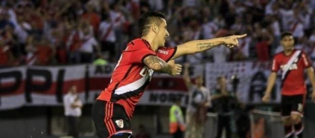 Driussi, festeja su segundo gol en torneos AFA