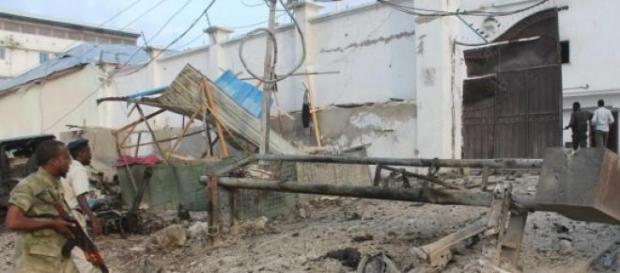 Garowe: Al-Shabaab fa esplodere un bus dell'Onu