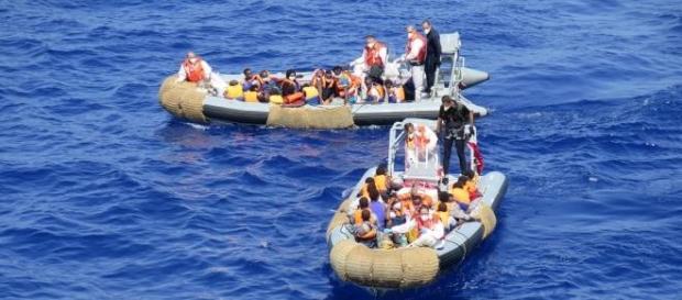 Resgate de tripulantes (Foto: Reprodução)