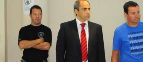 Bongiovanni (derecha) y su abogado, Felipe Trucco