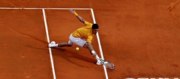 Djokovic en la pista de Montecarlo