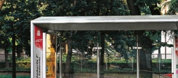 Una fermata del bus vuota