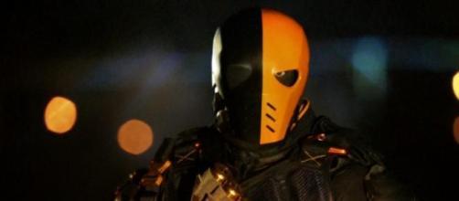 Deathstroke y Amanda Waller continuarían en Arrow.