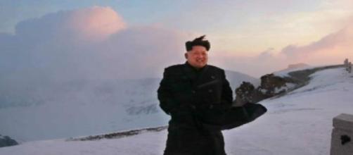 Kim Jong Un posando en la cima del Monte Paektu
