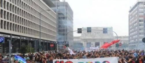 No Global in azione a Milano