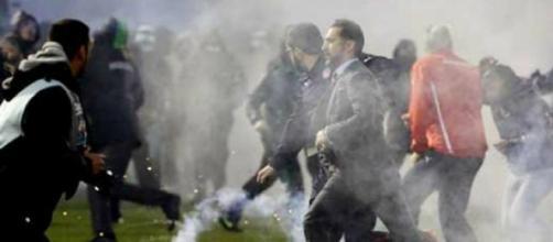 Vítor Pereira viveu de perto a violência grega