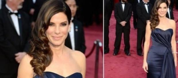 Sandra Bullock na passadeira vermelha dos Óscares