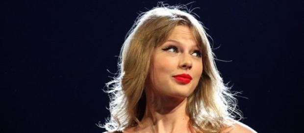 Taylor Swift está muy enamorada de Calvin Harris.