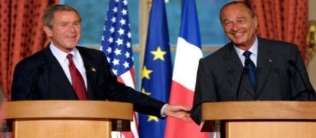 Jacques Chirac, G. W. Bush - CC BY