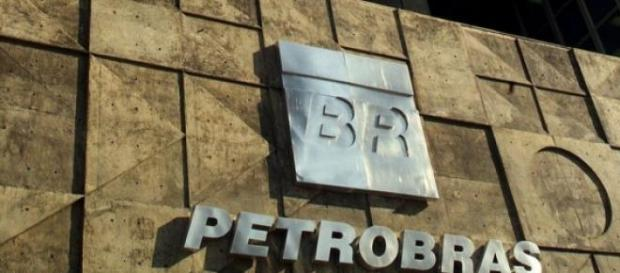 Petrobras amarga prejuízos