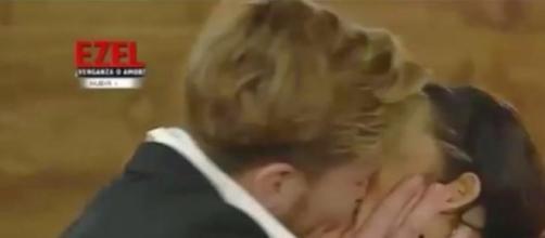Álex carga contra Oriana y Tony en el cara a cara