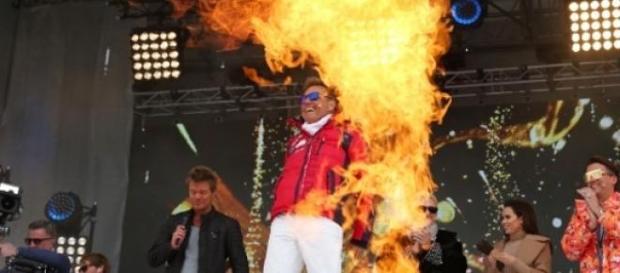 Feuershow mit Dieter, Fotos: Stefan Gregorowius.