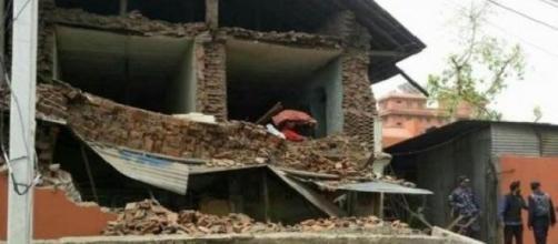 Estabelecimento destruído após tremores