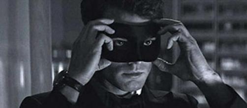 Jamie Dornan em Cinquenta Tons Mais Escuros