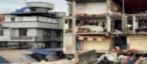 Le désastre au Népal, plus de 800 morts