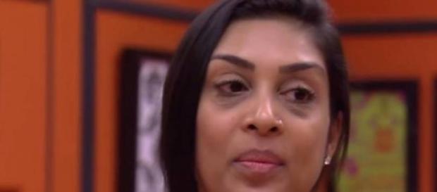 Amanda beija ator global em programa