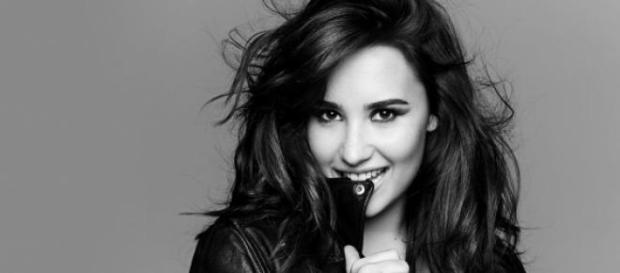 Demi Lovato muestra sus gustos por los labios