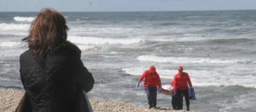 Corpo encontrado na Praia da Carruagem, em Belinho