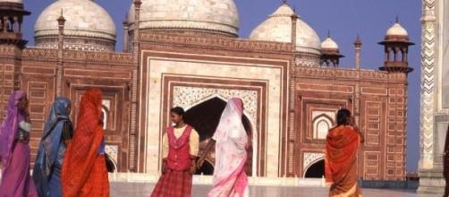 Les femmes indiennes au Taj Mahal