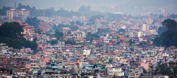 Katmandú, sólo a 150km del epicentro