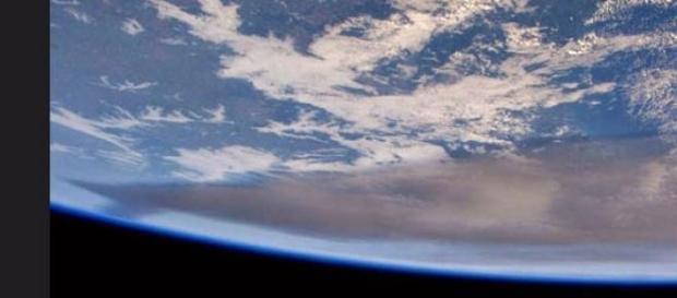 Todo lo que ya abarca las cenizas,desde el espacio