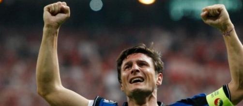 Retiran número de Javier Zanetti