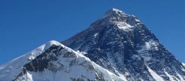 Das Beben löste am Mt Everest tödliche Lawinen aus