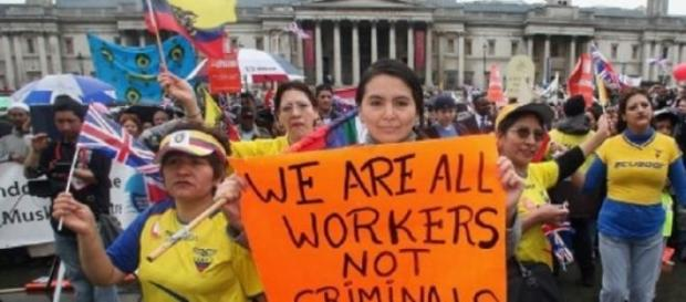 Most of the romanians in the UK are active workers