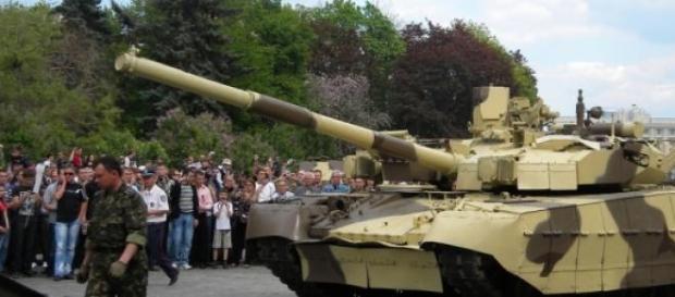 Panzer für den Frieden - Motorräder gegen Krieg?