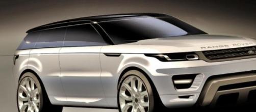 Range Rover Evouque: clonata in Cina?