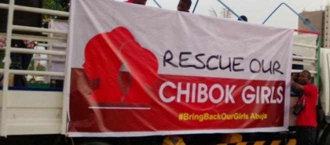 se supone son las 200 niñas que fueron secuestradas de un colegio... en la ciudad de Chibok , hace un año que no hay ningun colegio funcionando <br />