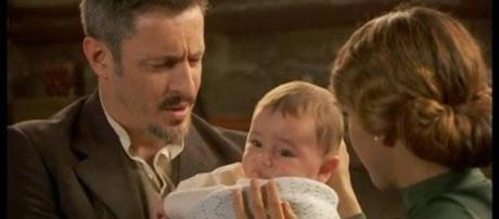 Emilia tiene il bambino ritrovato
