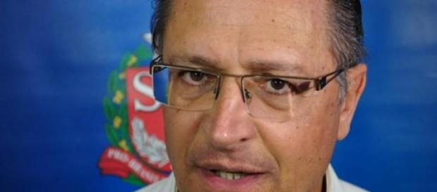 Filho de Alckmin morre em acidente de helicóptero