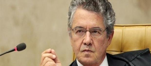 Marco Aurélio não acha necessário investigar Dilma