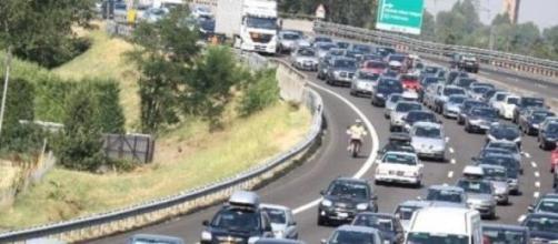 4000 veicoli senza revisioni a Napoli