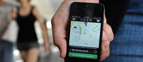 Uber s'impose de plus en plus dans le transport.