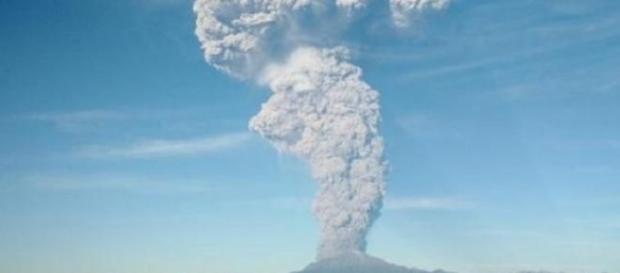 Le volcan Calbuco a émis plus de cendres jeudi.