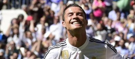 Ronaldo apontou cinco golos frente ao Granada