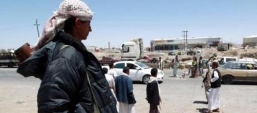 Homem armado em conflitos no Iêmen