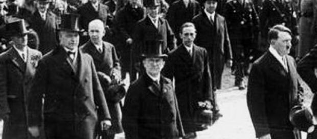 Adolf Hitler la Potsdam, in Germania