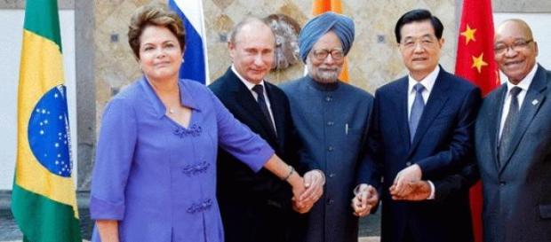 Brasil passa presidência do Brics para a Rússia