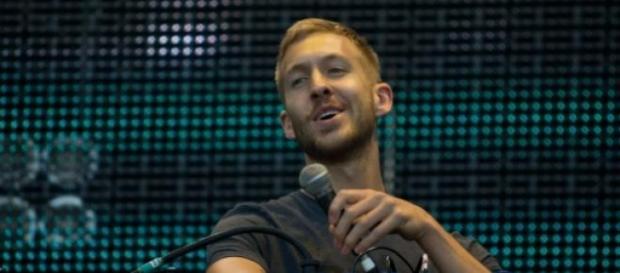In foto, il noto deejay e produttore Calvin Harris