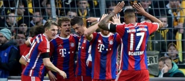 Lewandowski nie celebruje gola przeciwko Borussii