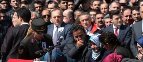 I funerali di Mehmet Selim Kiraz